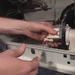 آموزش تعمیر ماشین لباسشویی – تعویض پمپ تخلیه