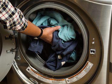 لباسشویی زانوسی