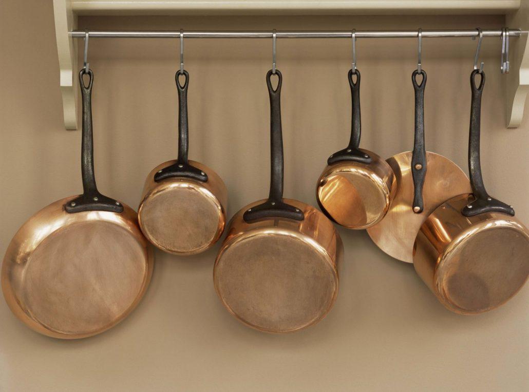 ظروف مسی را داخل ماشین ظرفشویی قرار ندهید