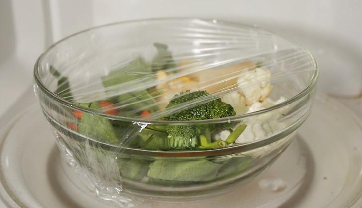 بخارپز کردن سبزیجات در مایکروویو