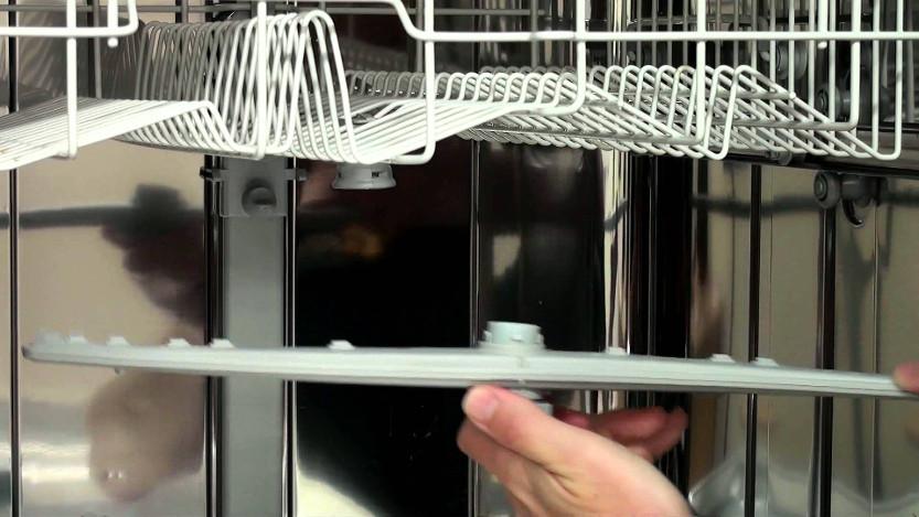 تعویض بازوی اسپری در ماشین ظرفشویی