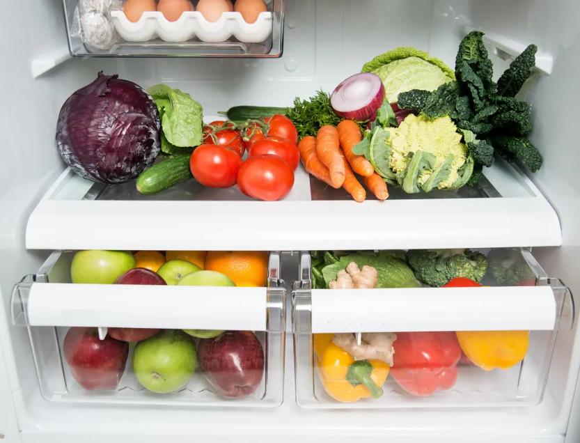 قرار دادن میوه در بخش رطوبتی یخچال