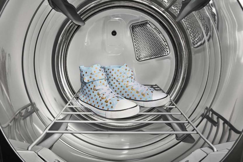 شستن کفشها در ماشین لباسشویی