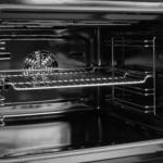 آیا استفاده از برنامه خودتمیزکننده فر برقی خطرناک است؟
